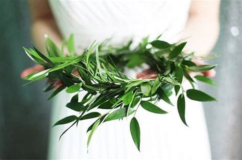 Hot Wedding Trend: Lush Greenery   Essense Designs