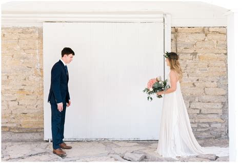 Mayowood Stone Barn Wedding   Rochester, MN   Jess & Alec