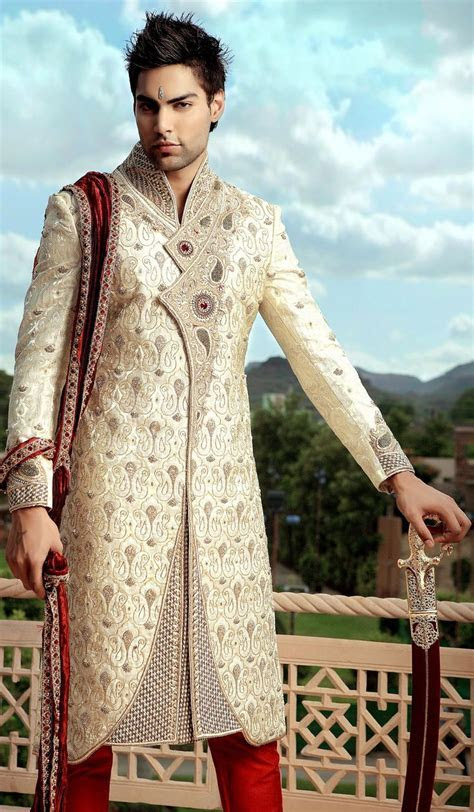 Traditional Indian Groom   Traditional Groom Sherwani