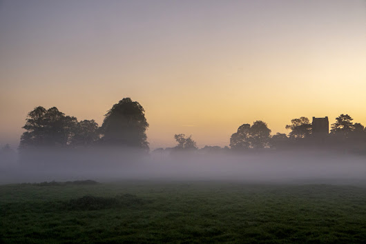 Misty Sunrise in the Ouse Valley - Views From An Urban Lake