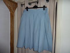 01 Full-gathered skirt