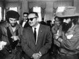 Ernesto Che Guevarra, Camilo Cienfuegos y Manuel Urrutia (Foto Life)