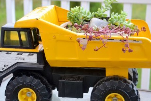 Succulent Toy Truck Planter - Whats Ur Home Story