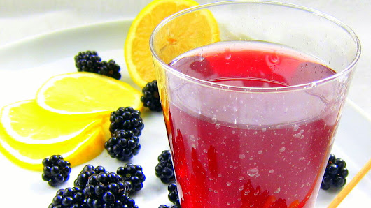 Pressure Cooked Blackberry Italian Soda?!?!Making Fruit Extracts or Steam Juicing Under Pressure