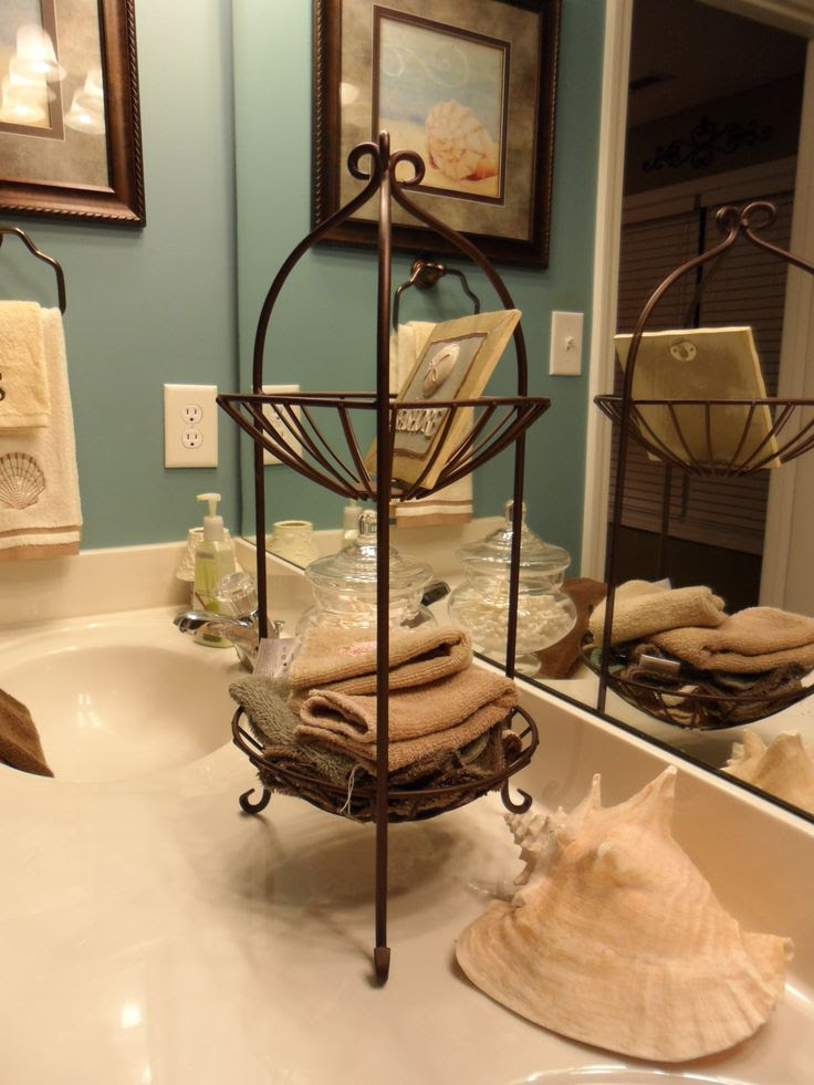 40 Most Popular Bathroom Chirstmas Decoration Ideas ...