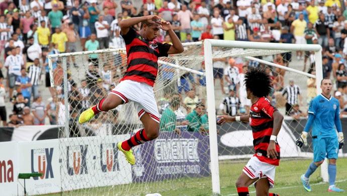 Treze, Campinense, Clássico dos Maiorais (Foto: Leonardo Silva / Jornal da Paraíba)