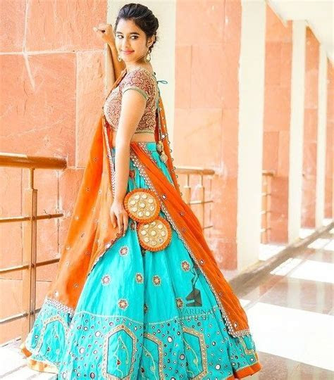 Where can I buy bridal lehengas in Delhi at affordable