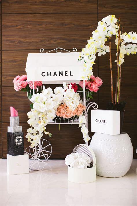 chanel flower cart bridal shower decoration   Apartamento