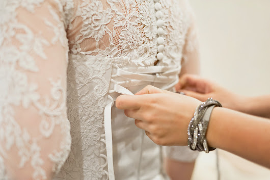 What To Wear Under Your Wedding Dress - Wedding411 on Demand