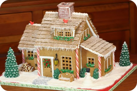 Ideas and inspiration for Gingerbread houses | Sweetopia