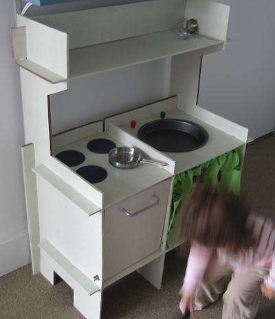 Toy Kitchen 2
