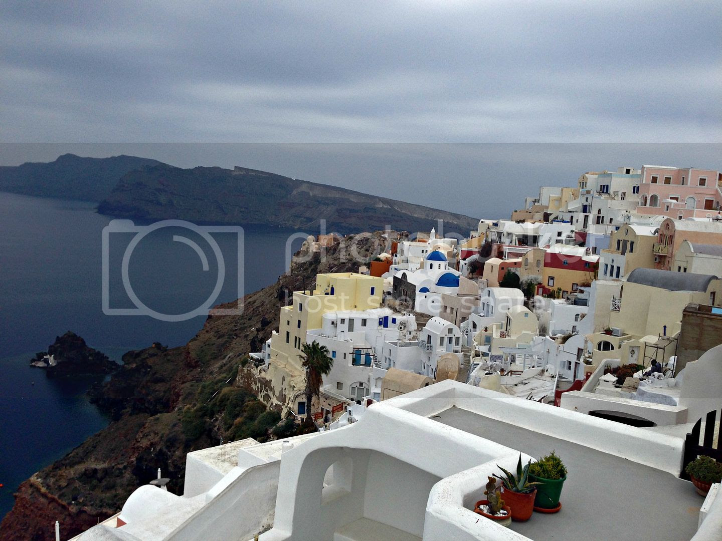 photo Window View in Santorini_zpsqplzqob9.jpg