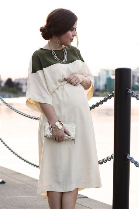 Conceal your Baby Bump with these Flattering Style Tips