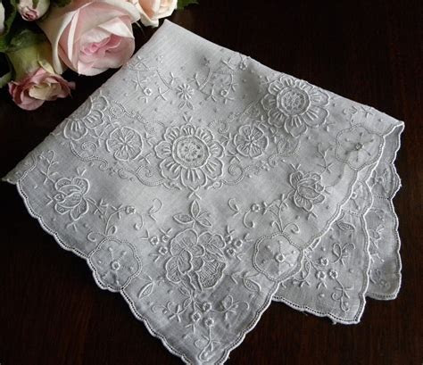 The Pink Rose Cottage: Vintage Bridal Wedding Handkerchiefs