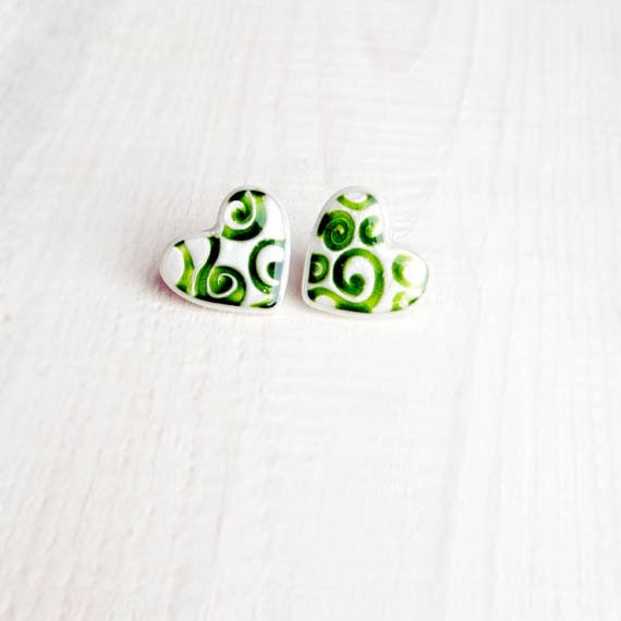 Heart Shape Studs Earring - white mother of pearl with green pattern heart