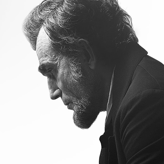 Daniel Day-Lewis' 4 Tips for Writers Who Aspire to Greatness - Boost Blog Traffic