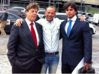 Rafael Ilha com os advogados, dias antes de ser preso na fronteira do Brasil com o Paraguai (Foto: Arquivo pessoal)