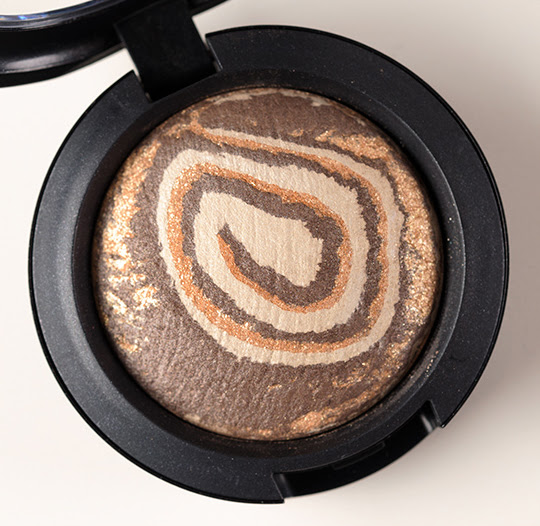 MAC Earthly Mineralize Eyeshadow