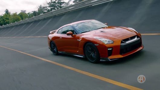 Watch Autotrader Outline The 2017 Nissan Gt R And Take