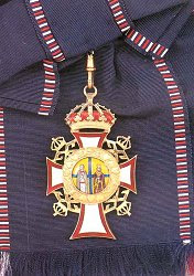 Grand Cross: Badge