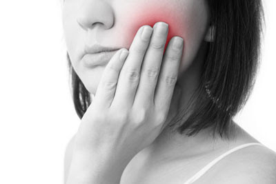 How a TMJ Treatment Can Ease Your Jaw Pain