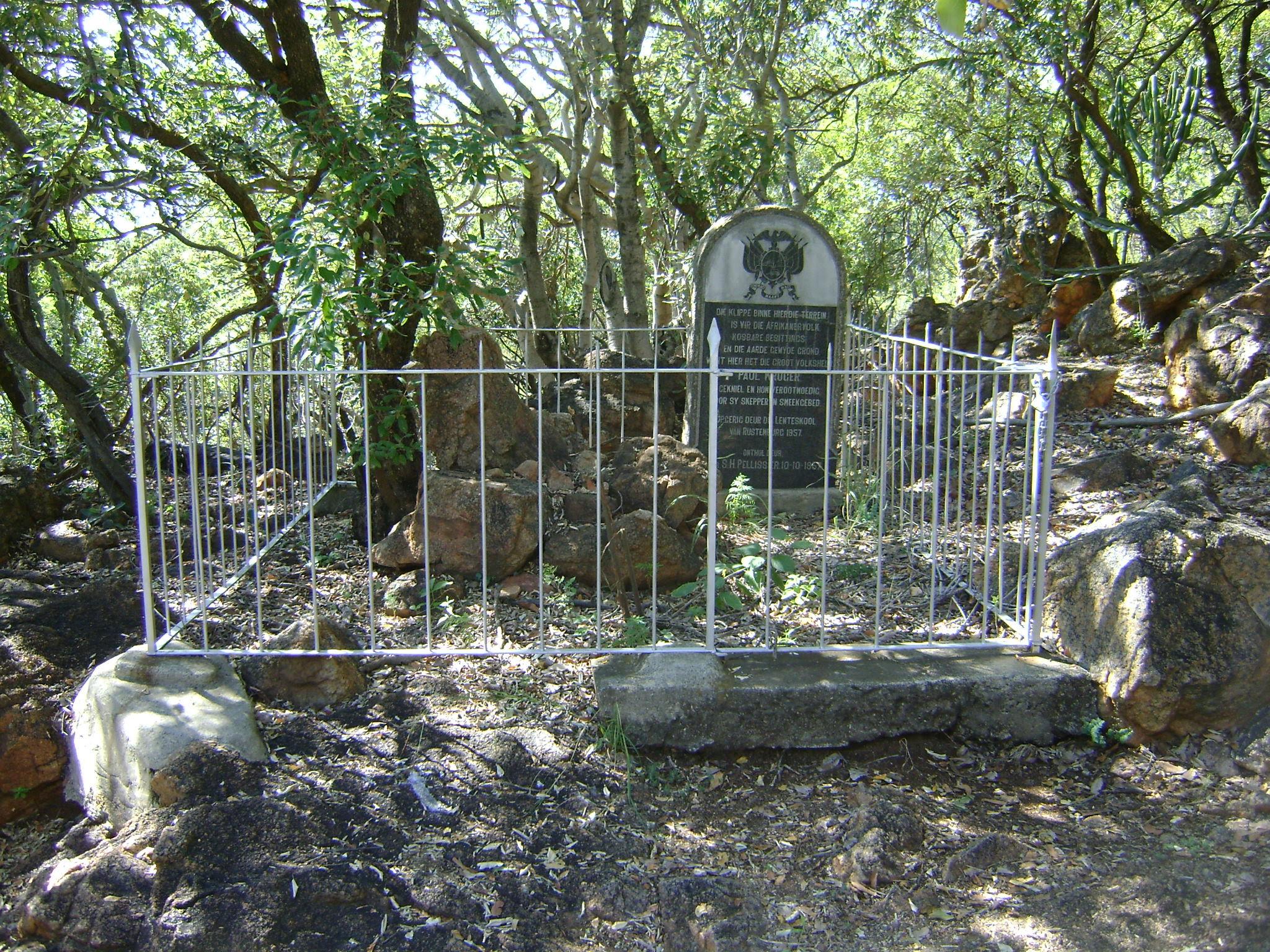 http://tuksarchaeology.files.wordpress.com/2012/04/boekenhoutfontein-716.jpg