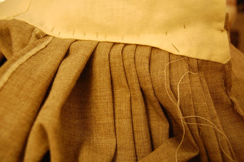Making a robe a l'anglaise 25