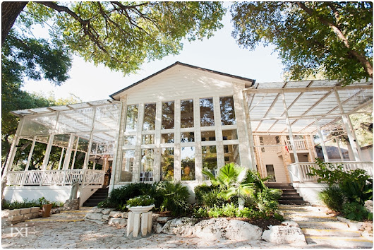 Sidney and Scott's Casa Blanca on Brushy Creek Wedding