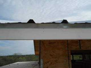 Metal Edging with Roof Metal Fitted Foam