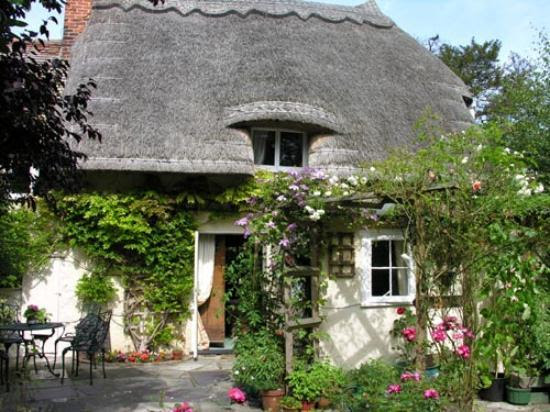 Photos of Pleasant Cottage, Stansted