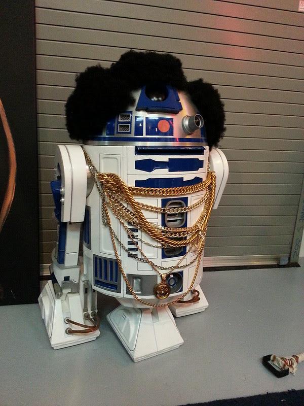 R2-Mr.T2