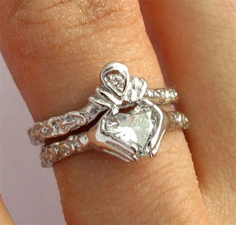 Best 25  Claddagh engagement ring ideas on Pinterest
