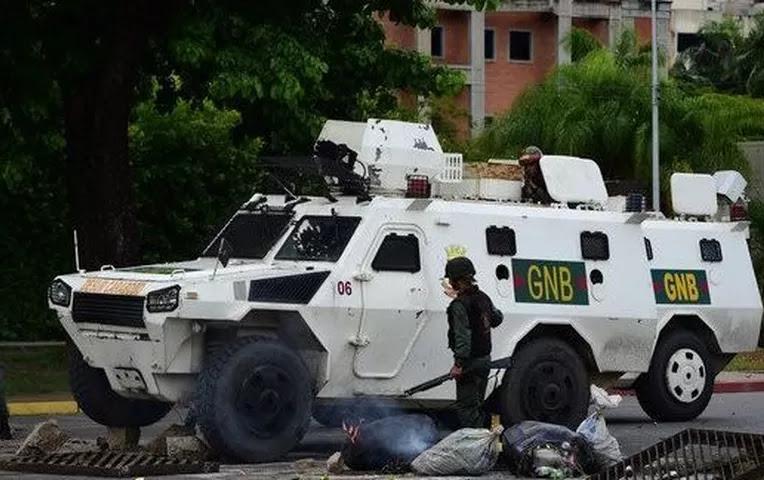 Venezuela: dos muertos y diez detenidos deja asalto a cuartel | Internacionales