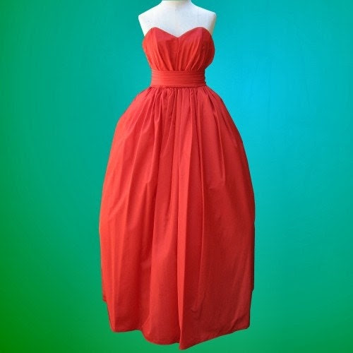 Vintage Sweetheart Ball Gown