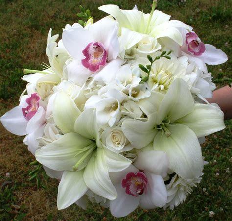 white hydrangea   Stadium Flowers