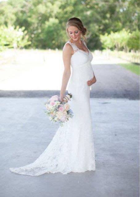 20 Elegant Wedding Dresses For Pregnant Brides   wedding