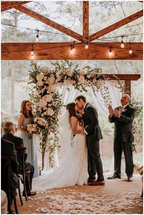 Dogwood Venue Wedding Hattiesburg, Mississippi An Outdoor