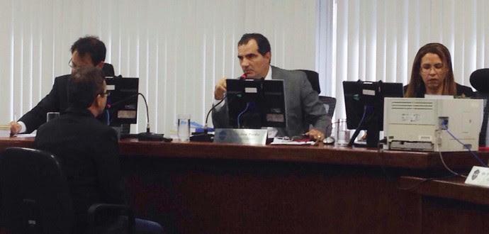 julgamento stjd petros (Foto: Vicente Seda)