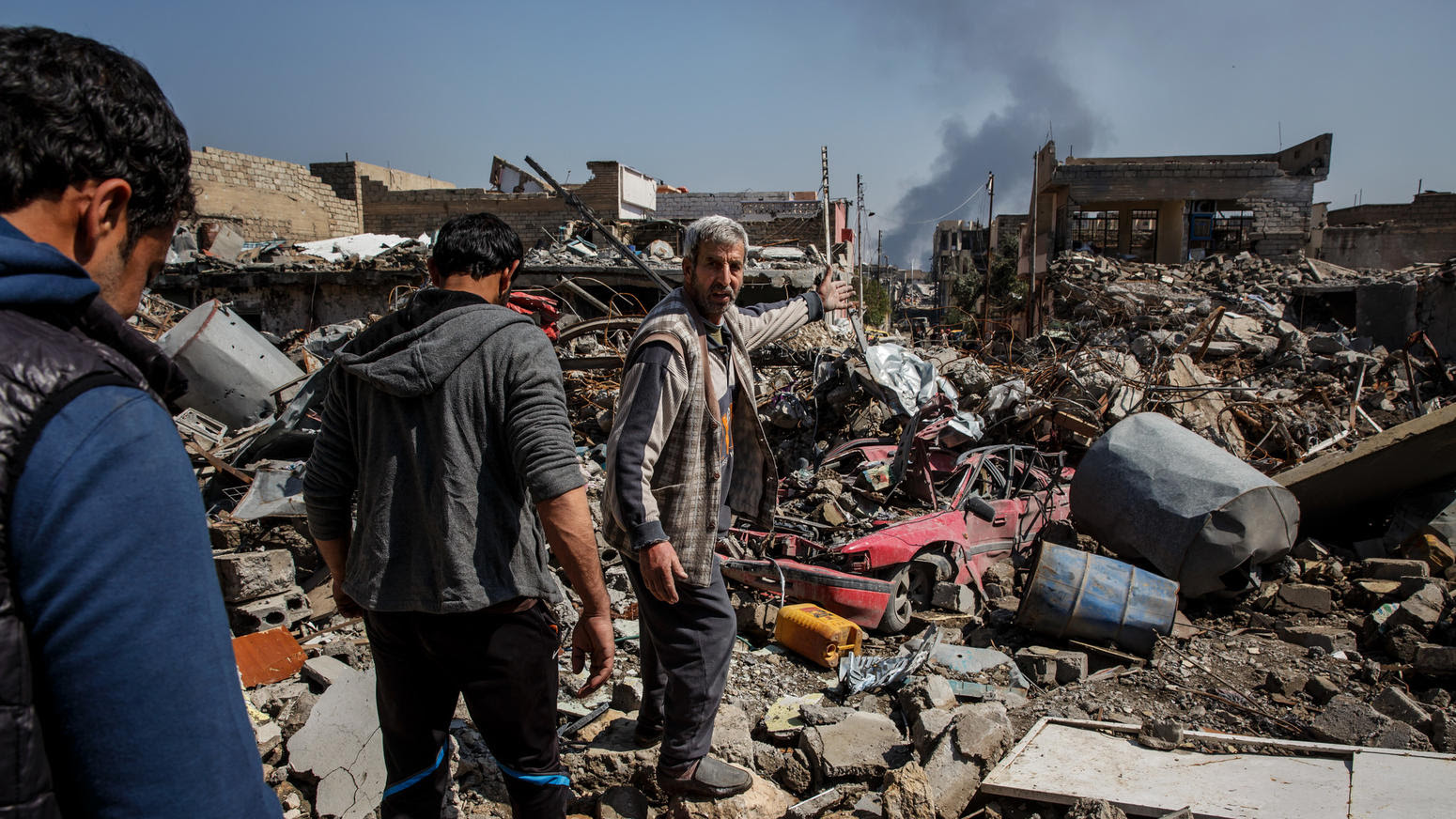Deadly airstrike kills scores in Mosul