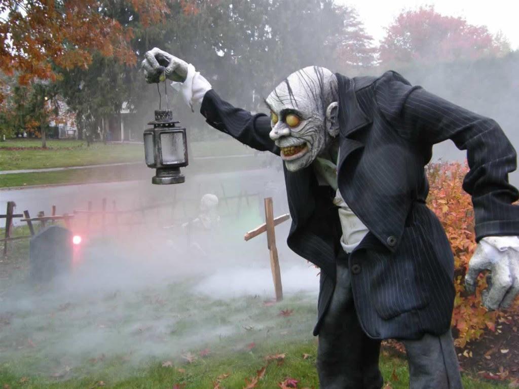 Unique Halloween Yard Decorations
