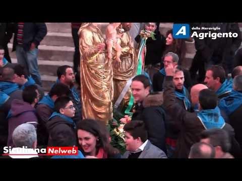 Festa di San Giuseppe, l'uscita dalla Chiesa Madre