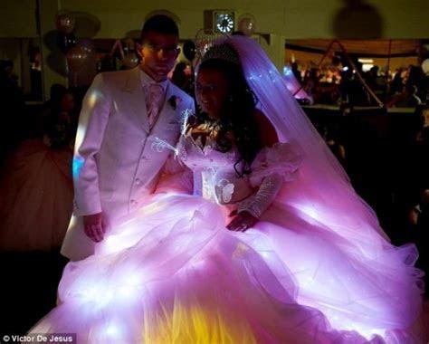 My Big, Big, BIG, Fat, Gypsy Wedding [Dress]   Semiotics