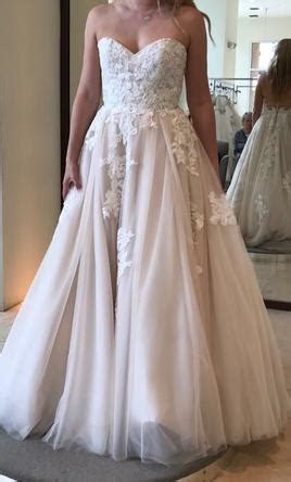 Monique Lhuillier Wedding Dresses For Sale   PreOwned