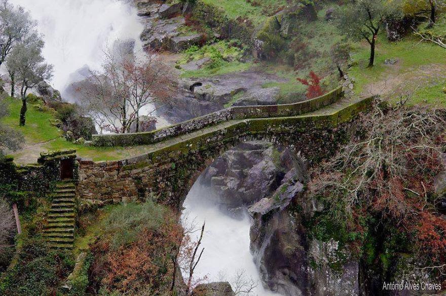 vecchi-antichi-ponti-misteriosi-nel-mondo-46