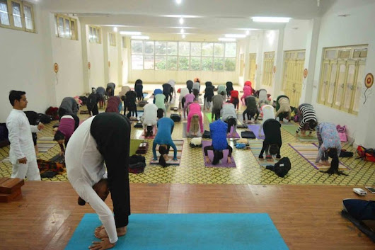 Best Yoga Retreat in Rishikesh Can Change Your Life | Yogshaktirishikesh | Rishikesh Yoga Ashram
