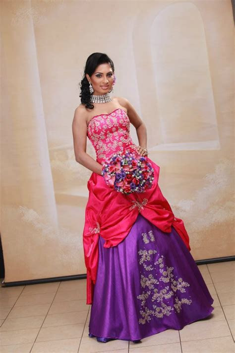 sri lankan wedding going away dresses ~ Sri Lankan Wedding