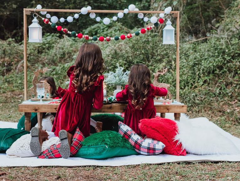 kids backyard picnic ideas -- blog.cuteheads.com