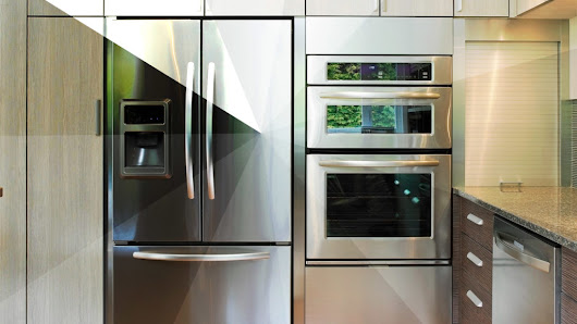 Appliance Paint Is Our New Favorite (and Cheap) Way to Make Over the Kitchen