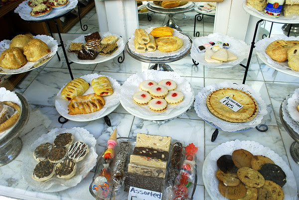 All sorts of delicious looking baked goods in a store window on Queen Street, Niagara-on-the-Lake.