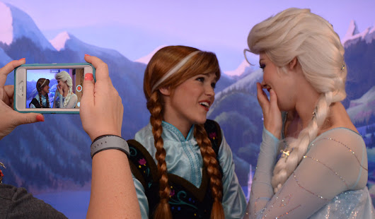 Find Anna and Elsa at Disney World | TravelingMom